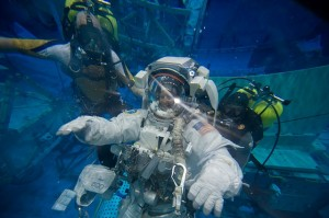 astronaut-1098202_640
