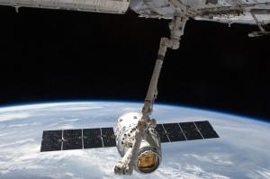 satellite-693194_640