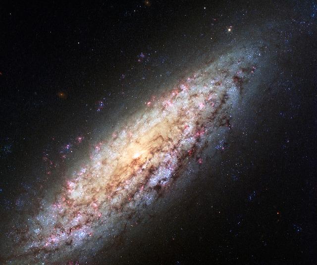 銀河系の構造と大きさは!?どんな形をしてるの!?