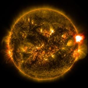 solar-flare-601044_640