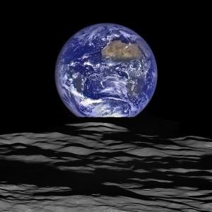 earth-1099377_640