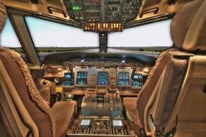 cockpit-100624_640