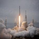 イーロン・マスクの火星移住計画とは!?スペースXのロケットがスゴイ。